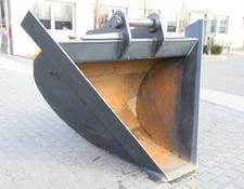 TRAPEZOIDAL BUCKET FOR EXCAVATOR / LOADER
